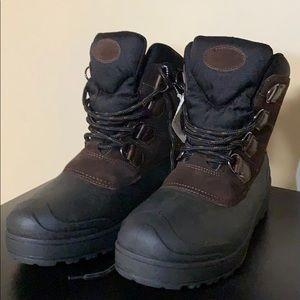 Heavy duty boots